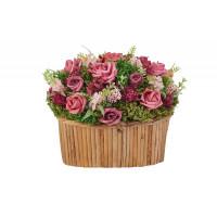 Цветочная композиция Садовые розы и лаванда