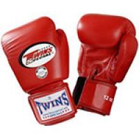 Перчатки боксерские Twins для муай тай (красные)