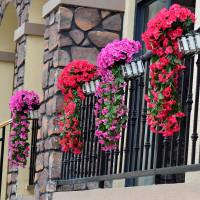 Лиана из искусственных цветов