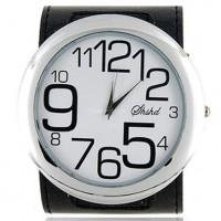 Женские часы «Гигантомания» с большим циферблатом