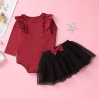 Комбинезон и сетчатая юбка с бантом