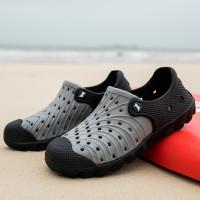 Мужские контрастные полые сандалии