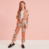 Атласные брюки и пиджак с цветочным принтом