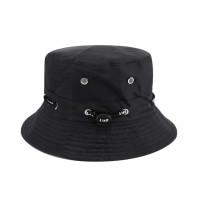 Мужская шапка с декором