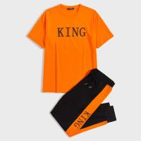Мужские спортивные брюки и топ с текстовым
