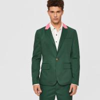 Мужской пиджак с пуговицей и контрастным вырезом