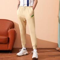 Мужские спортивные брюки в полоску с текстовым