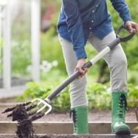 Вилы садовые Fiskars облегченные (133503)